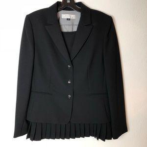 Tahari by Arthur S. Levine Skirt and Blazer Suit